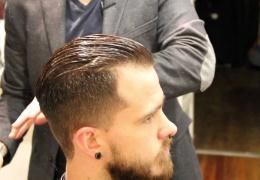 Hướng dẫn cắt tóc nam kiểu Pompadour
